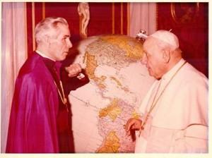 Fulton Sheen with Pope John XXIII